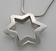 Sterling Silver Star Pendant / Necklace