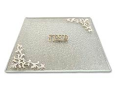 Matza Tray on Texture Glass