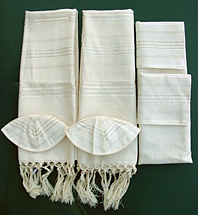 ''Vee Silk'' off-white Tallit Collection